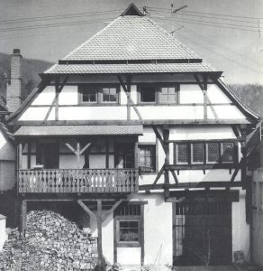 Außenansicht eines Fachwerkhauses