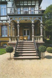 Außentreppe einer Villa