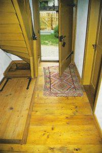 Holzboden in einem Flur