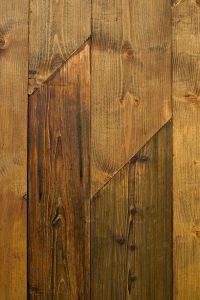reparierte Holztür