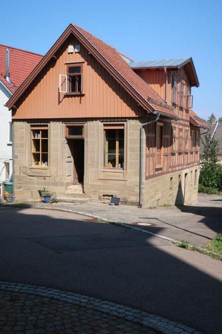 kleines Wirtschaftsgebäude