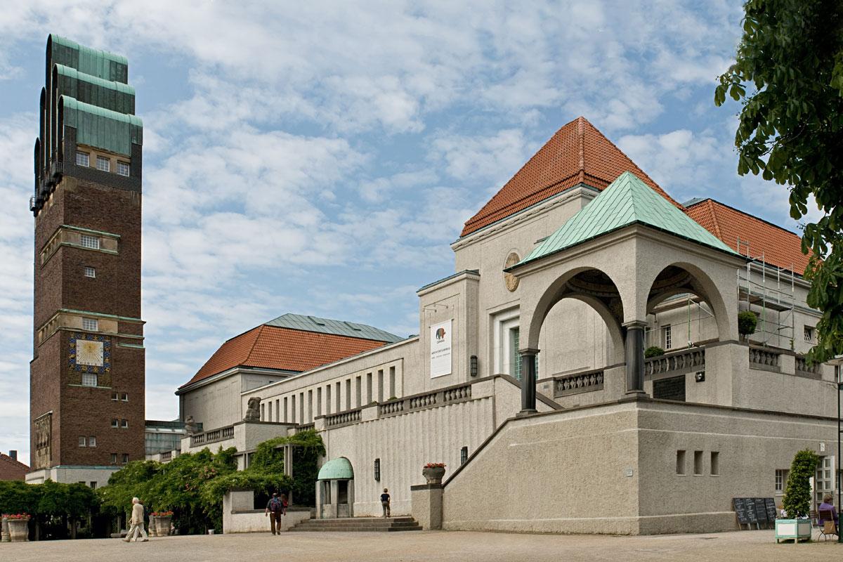 Darmstadts Mathildenhöhe, ein Juwel des Jugendstils, und Schloss Wolfsgarten