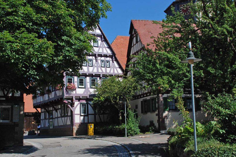 Dorfbild mit Fachwerkhäusern