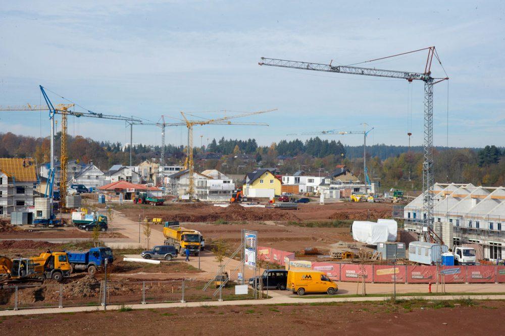 Baustelle einer Neubausiedlung
