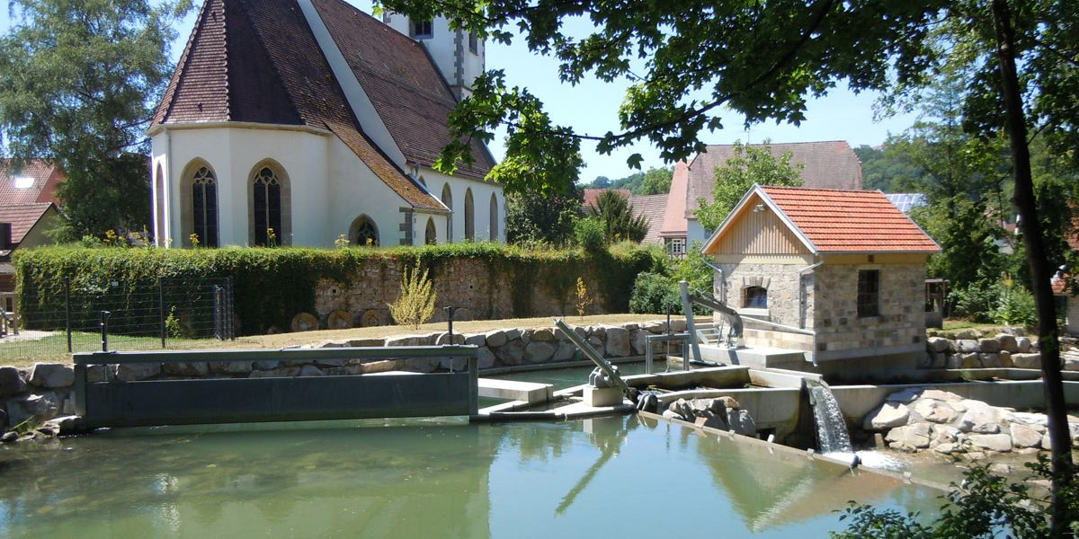 Kirche und Wasserwerk